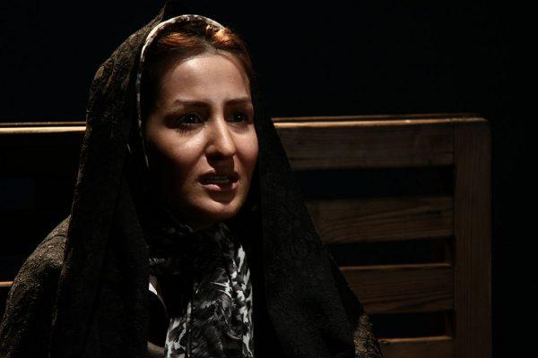 آناهیتا آذری